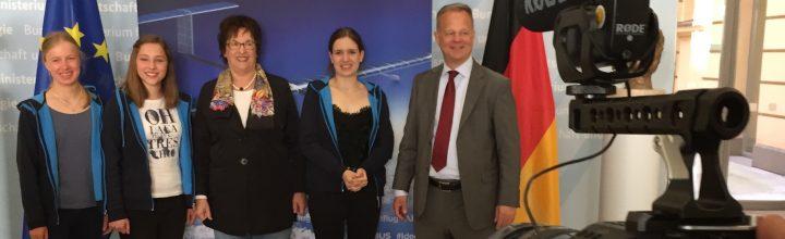 Bundeswirtschaftsministerin Zypries trifft Ideenflug-Gewinnerteam